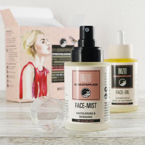 Verwöhnendes Natur Gesichtsöl und Gesichtswasser aus rein pflanzlichen Inhaltstoffen zur täglichen Gesichtsreinigung, Make-up-Entfernung und Pflege